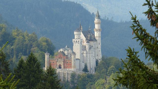neuschwanstein farytale castle
